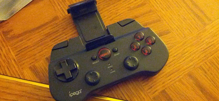Bluetooth gaming controller
