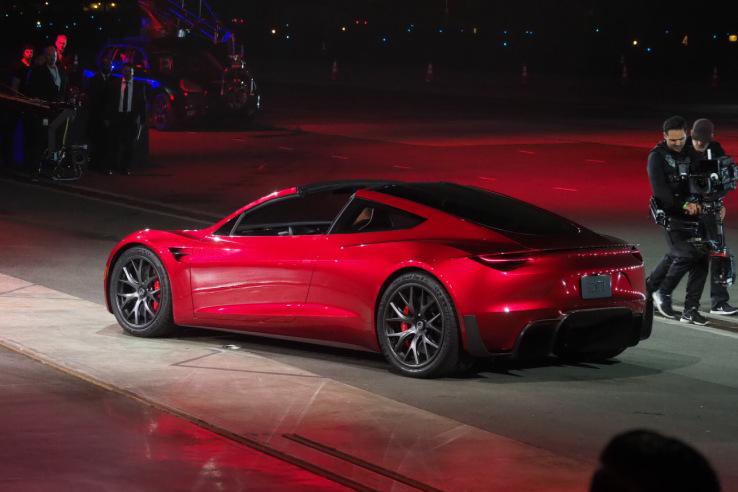 Mclaren P1 Cost >> Tesla unveils second generation Roadster: Will cost $200,000