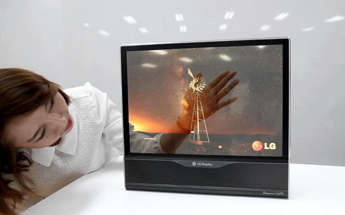 LG Has Already Nearing Their Flexible Screen Smartphone